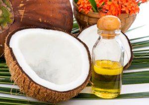 aceite de coco para blanquear los dientes