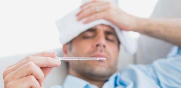 sintomas placas en la garganta