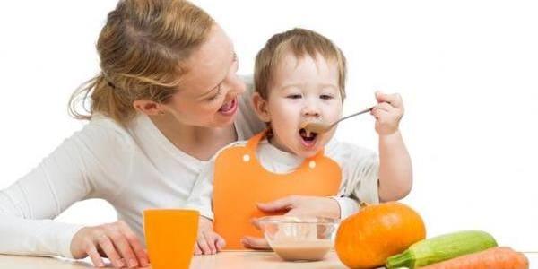 granos en la lengua de los niños