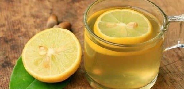 zumo de limon para hongos en la lengua
