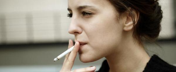 tabaco y paladar amarillo