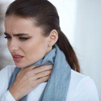 remedios puntos blancos en la garganta